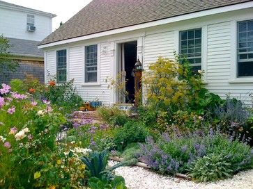 5 inspiring ways to create a cottage style garden traditional rh pinterest com
