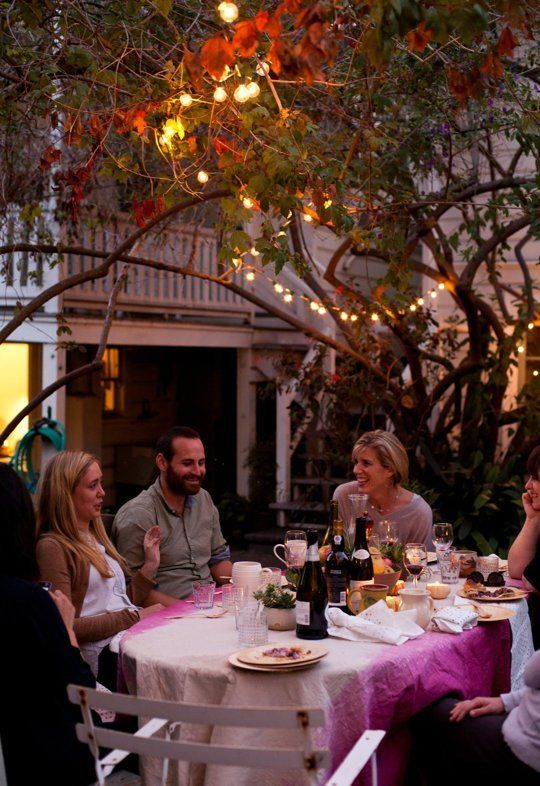 A Thanksgiving Dinner Outdoors: The Feast! — Gatherings from The Kitchn | The Kitchn