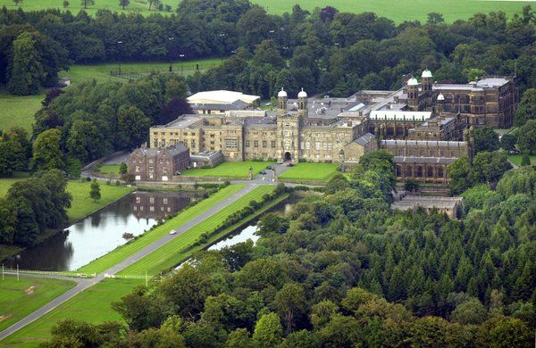 Stonyhurst College | Catholic school, Colleges and Catholic
