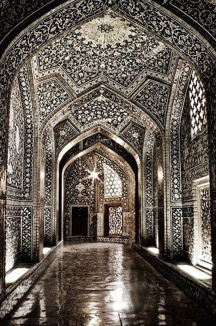 Sheikh Lotf-allah's Mosque, Isfahan, Iran. Jaw-droppingly beautiful.