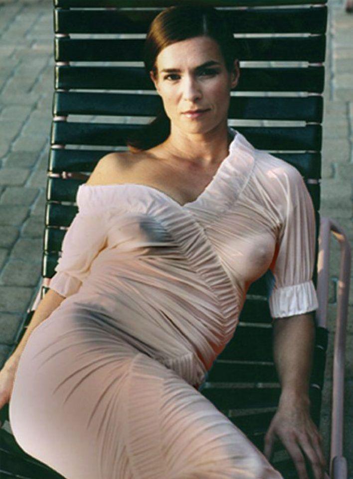 Jennifer coolidge young naked