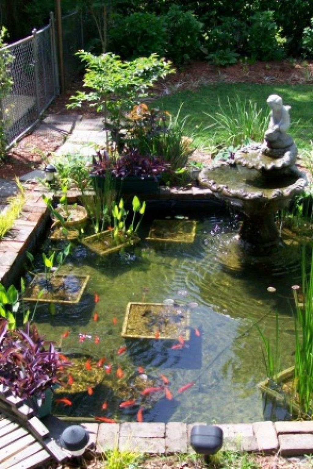 20 Cool Fish Pond Garden Landscaping Ideas For Backyard In 2020 Garden Pond Design Ponds Backyard Fish Pond Gardens
