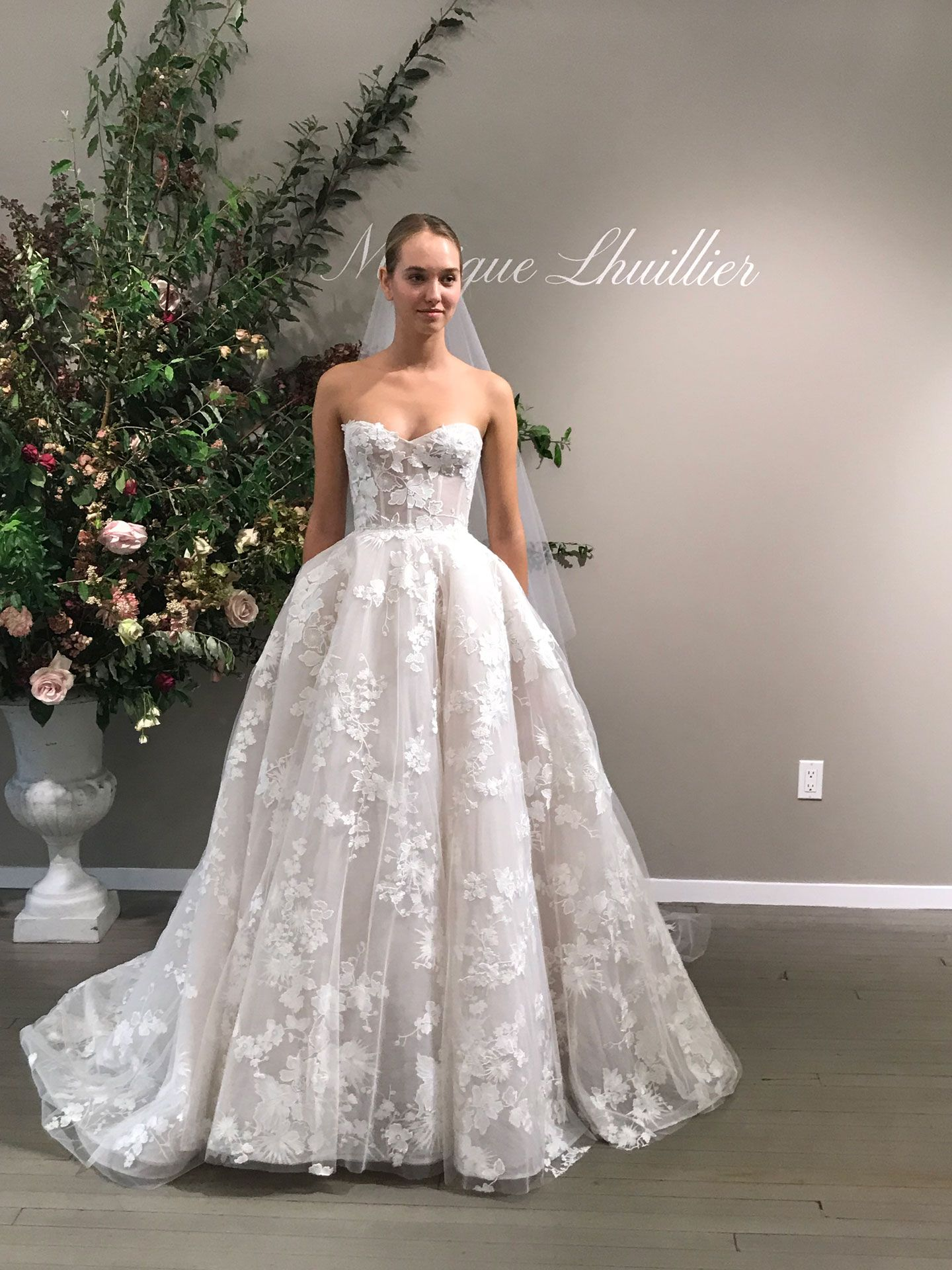Monique Lhuillier Bridal Fall 2019 Heidi Elnora Wedding Dress