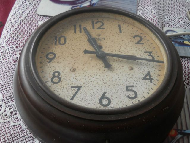 Industrialchic Smith Sectric Bakelite Vintage Antique Electric Railway Clock C 1930 S 40 S Ebay Brown Smiths Sectric Sy Clock Vintage Antiques Antiques