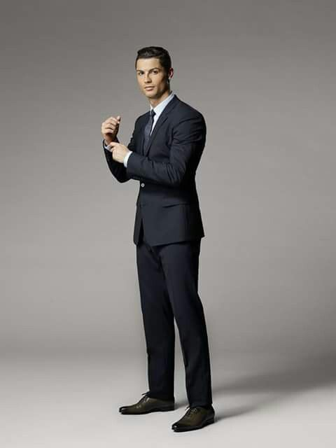 CR7 is gorgeous!