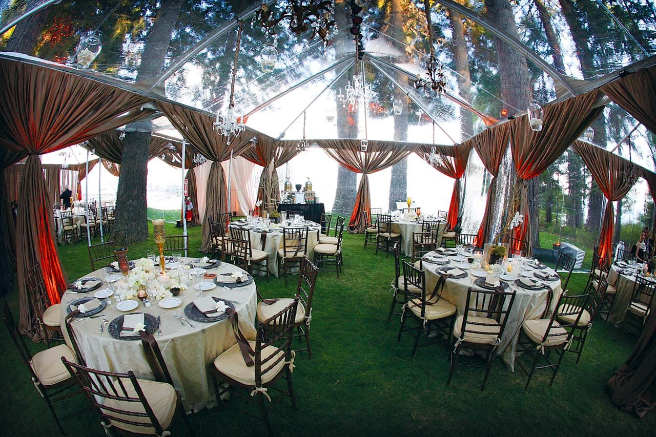 A Clear Tent Gives You The Best Of Both Worlds Youre Protected From Outdoor Wedding VenuesOutside