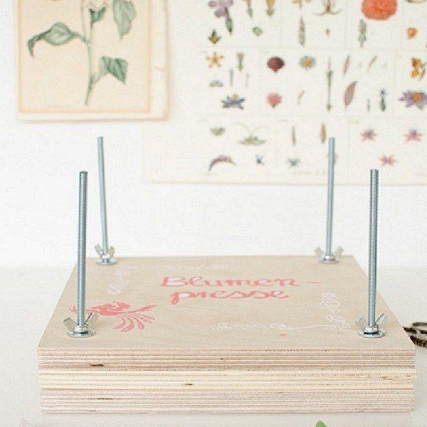 DIY: Blumenpresse basteln