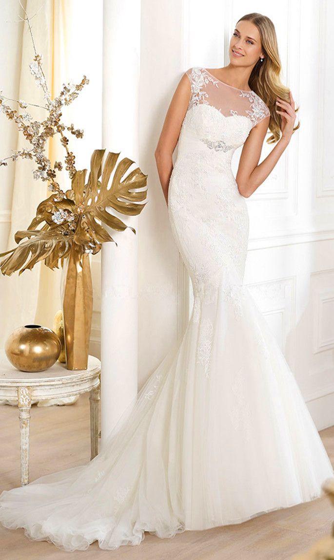 Tulle,lace Chapel Train Scoop Trumpet Natural Waist Wedding Dress