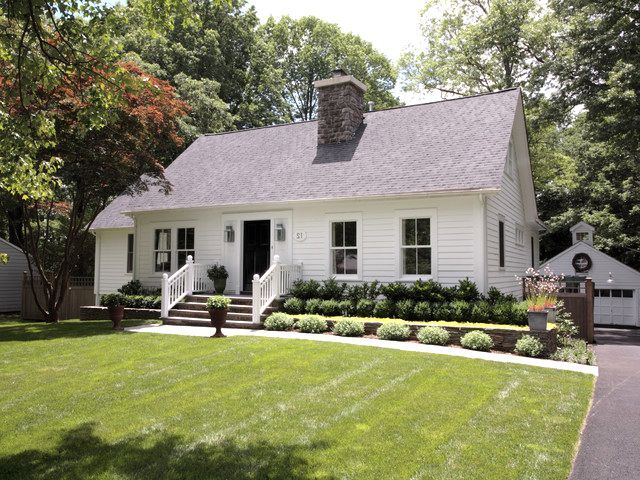 Landscaping Ideas For The Front Of A Cape Cod Style House Cape Cod Whole House Cape Cod House Exterior Cape Cod Exterior Cape Cod Style House