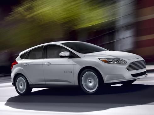 Ford Narrows Sales Pitch For Focus Electric Fuel Efficient Cars
