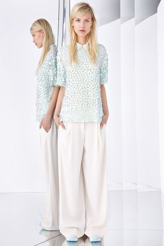DKNY Resort 2015 Collection Slideshow on Style.com