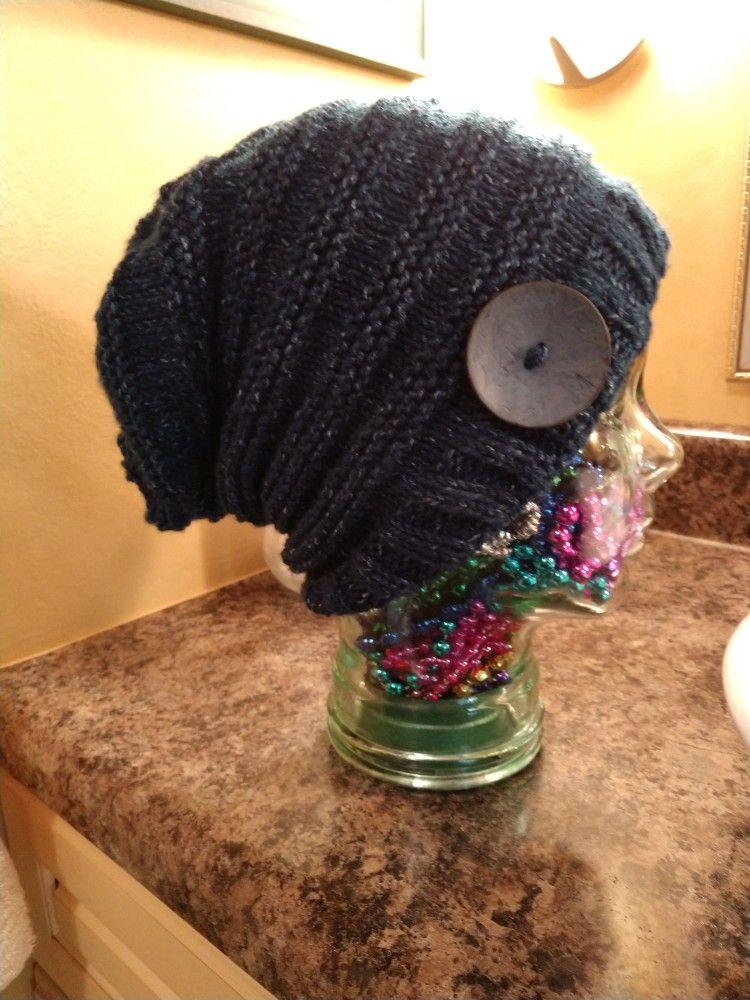 Easy knit slouchy hat uses medium weight yarn, 5mm ...