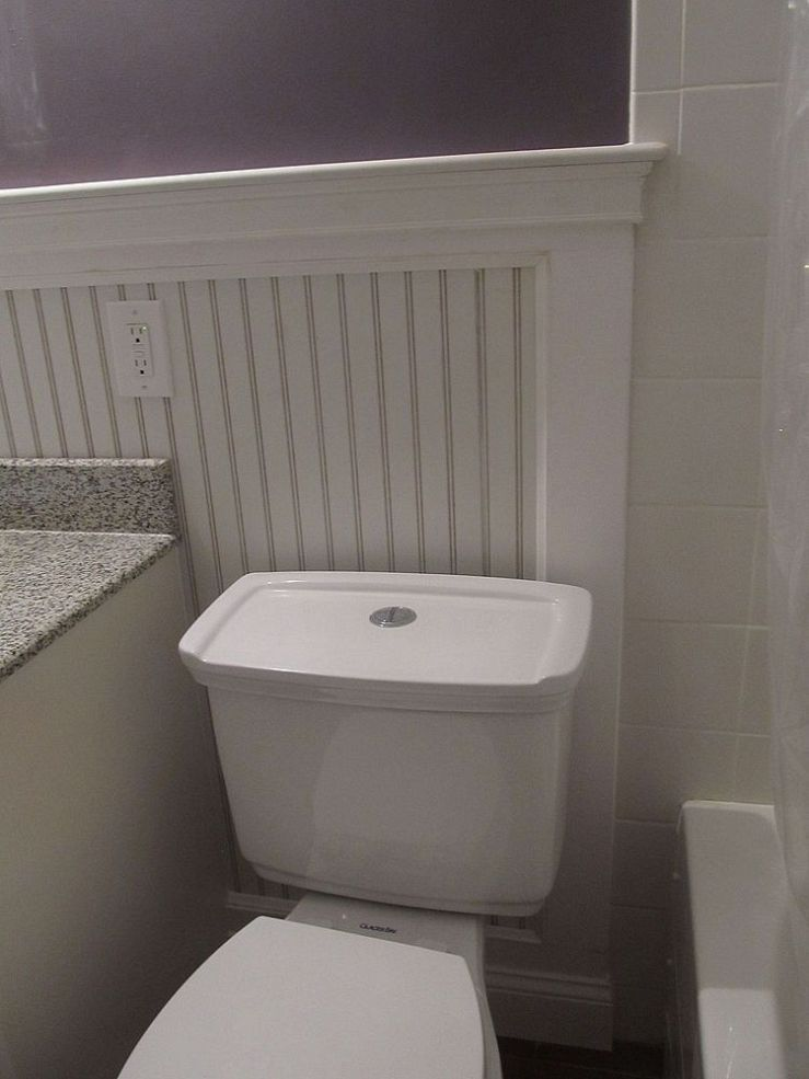How To Replace A Bathtub In A Small Bathroom