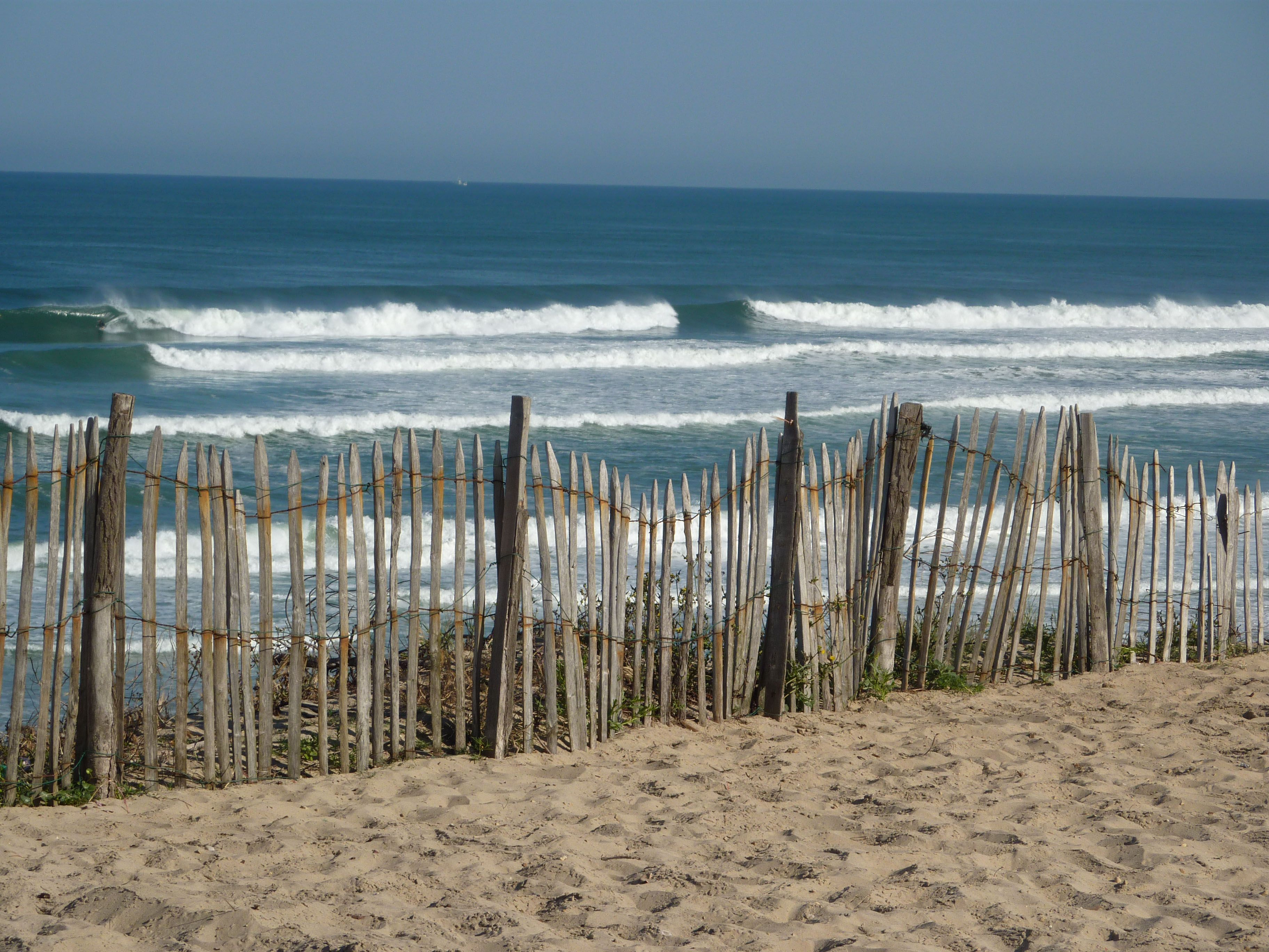 Entrance to the beach at Graviere Hossegor photo