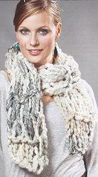 Sjaal 135x22cm van Effetto van Lana Grossa (53% scheerwol en 47% acryl) gemaakt door handbreien. Gebruikte steken: ribbelpatroon met de hand. U ontvangt de wol met gratis de gehele hand breischrijving.