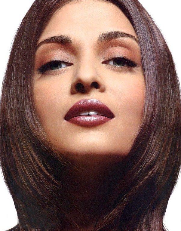 c3fe509e235 Aishwarya Rai Makeup Brand | Saubhaya Makeup