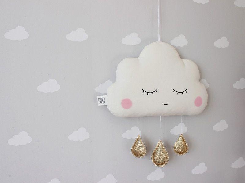 Kissen Weisses Wolkenkissen Mit Goldenen Tropfen Ein Designerstuck Von Prostoconcept Bei Dawanda Cloud Pillow Cloud Cushion Crafts