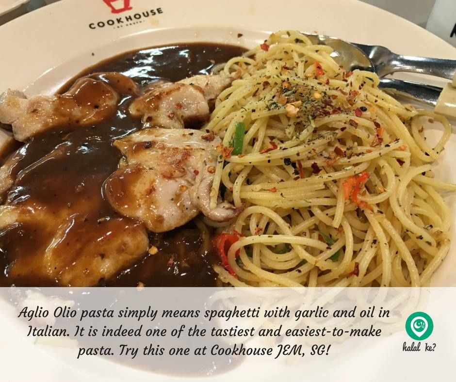 Aglio Olio Pasta With Black Pepper Chicken Chop At Jurong East Mall Foodcourt Stuffed Peppers Black Pepper Chicken Halal