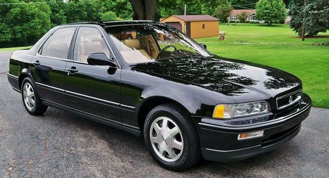 1991 Acura Legend With Only 9 000 Miles Stolen From Dealer Brand New And Hidden For 20 Years Carscoops Acura Legend Acura Honda Legend