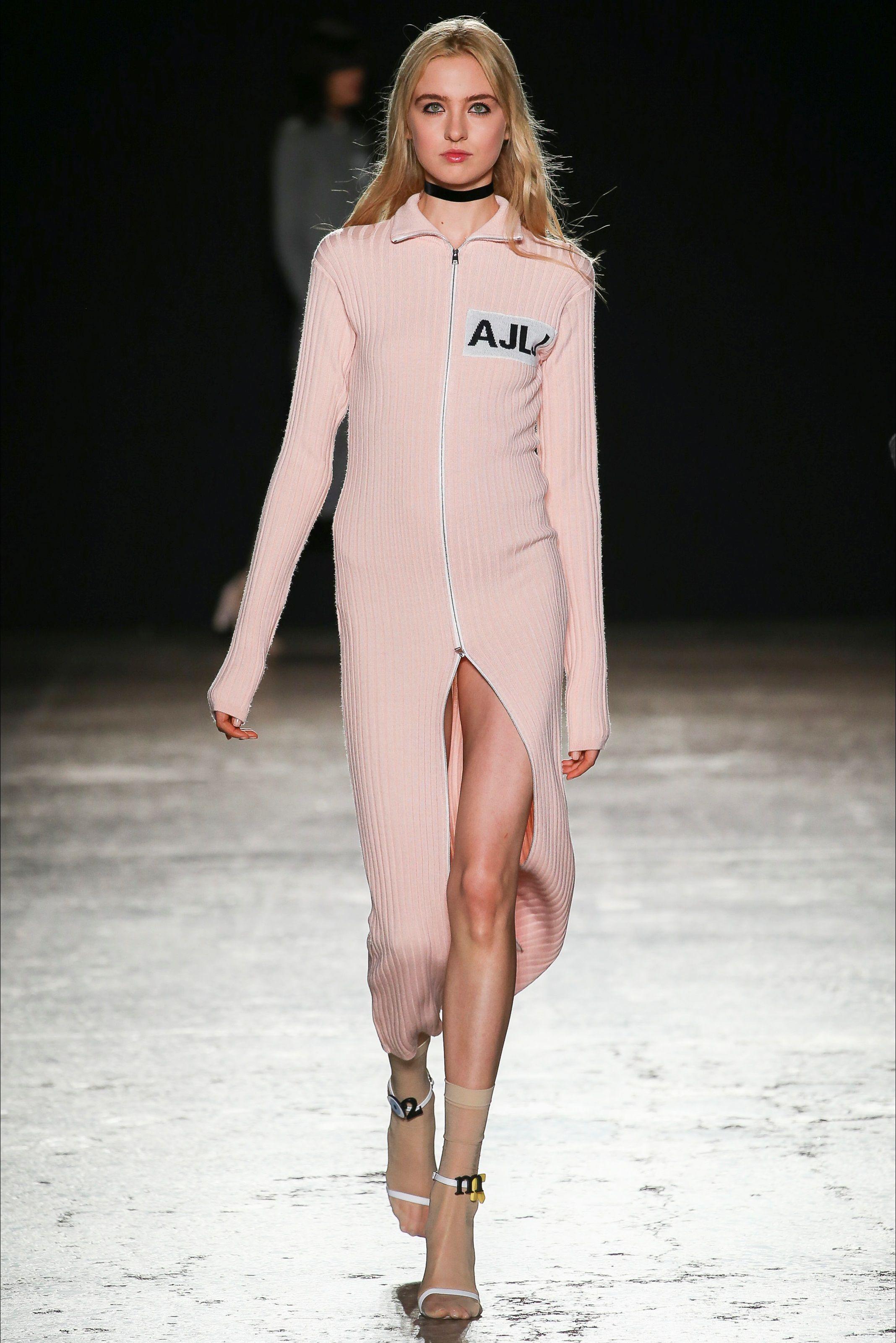 Au Jour Le Jour Spring/Summer 2015 Ready-To-Wear | Fashion