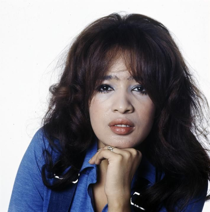 """Ronnie Spector cover shoot for her single """"Try Some, Buy ..."""