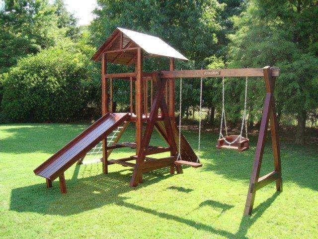 Juegos De Madera Para Jardin Buscar Con Google Patio De Niños Casa De Juegos Para Niños Juegos De Parques