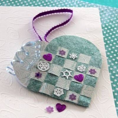 Frozen-inspired heart basket is a beautiful symbol of the love the two sisters share. Create your own heart as gifts and spread the Frozen love!