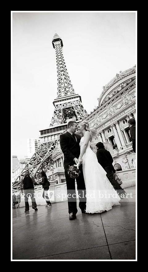 Las Vegas Wedding Pictures Eiffel Tower Want This Photographer