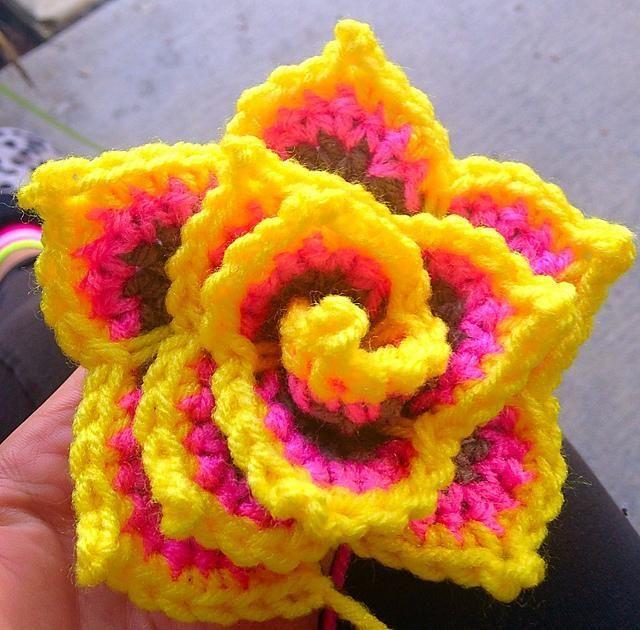 Petals of Passion | CROCHET I | Pinterest | gehäkelte Blumen ...