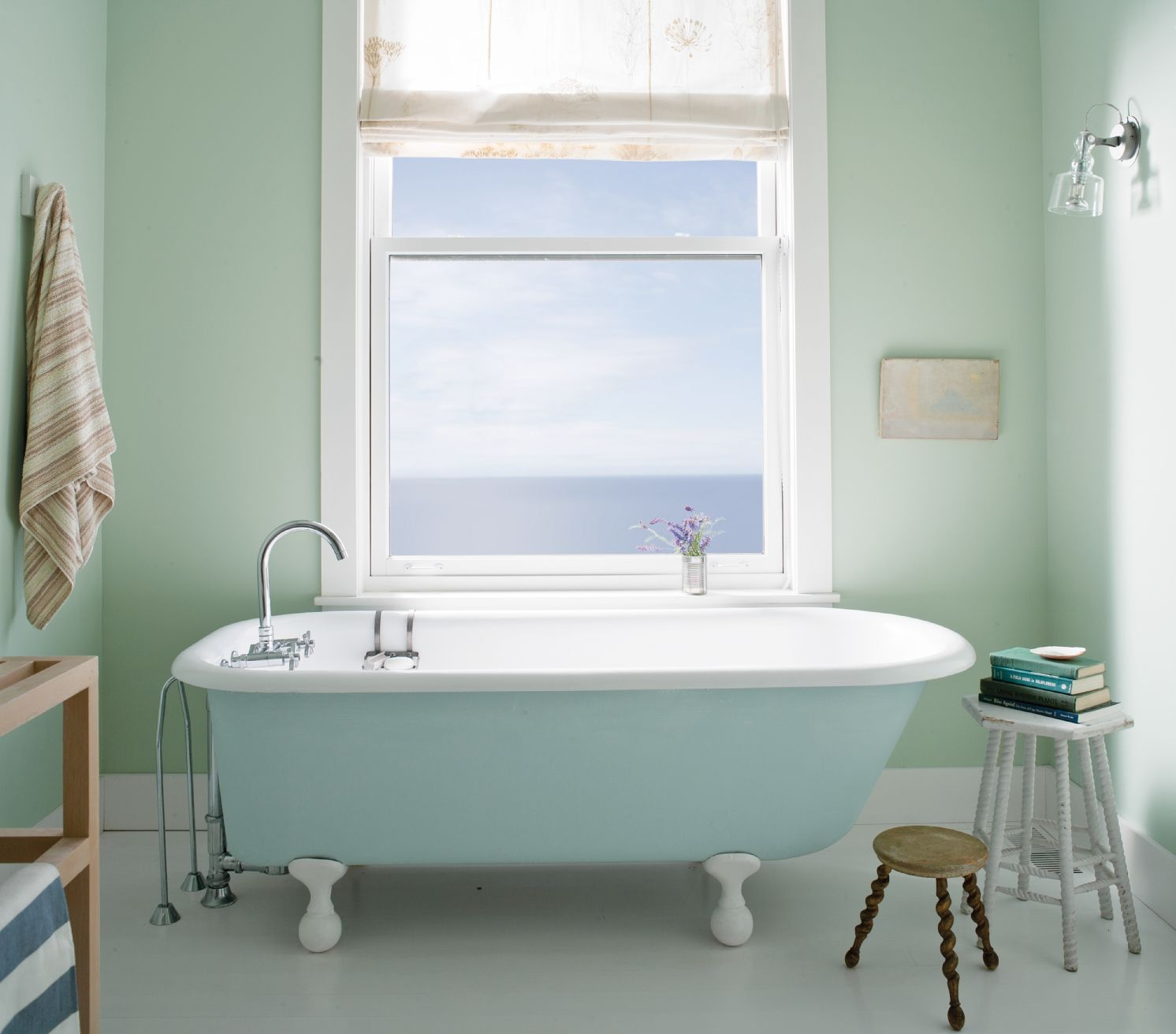 Benjamin moore palladian blue bathroom - Benjaminmoore Palladian Blue Hc 144 With Aura Bath Spa Matte Finish Walls