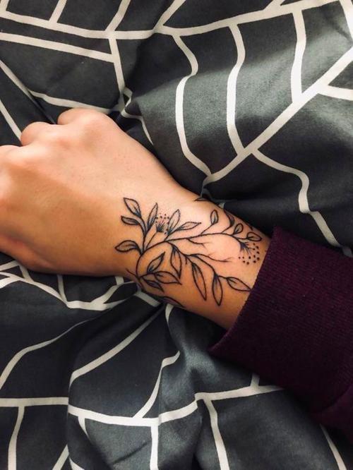 Minimal Tattoo – Melisa's Personal Blog