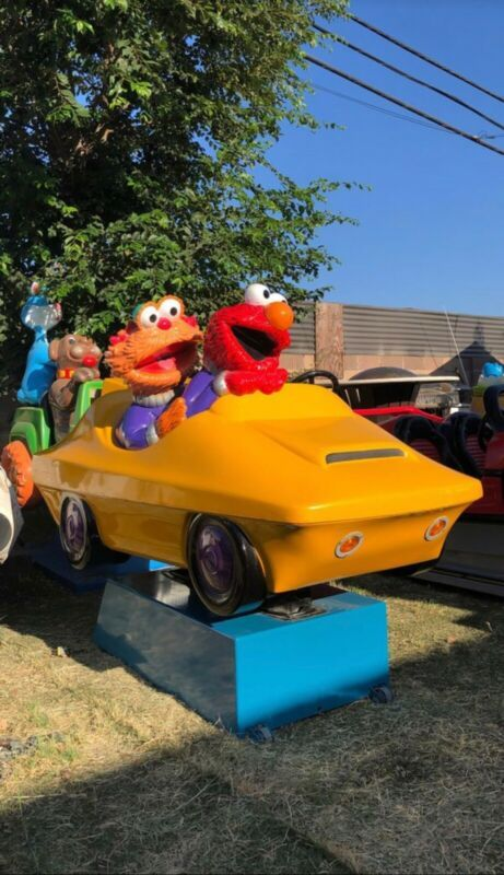 Sesame Street Elmo School Bus Ride On - Walmart.com