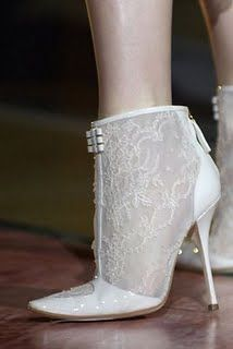 Unique And Daring Bridal Shoe Cute Toe Ankle Boots For Wedding Shoes