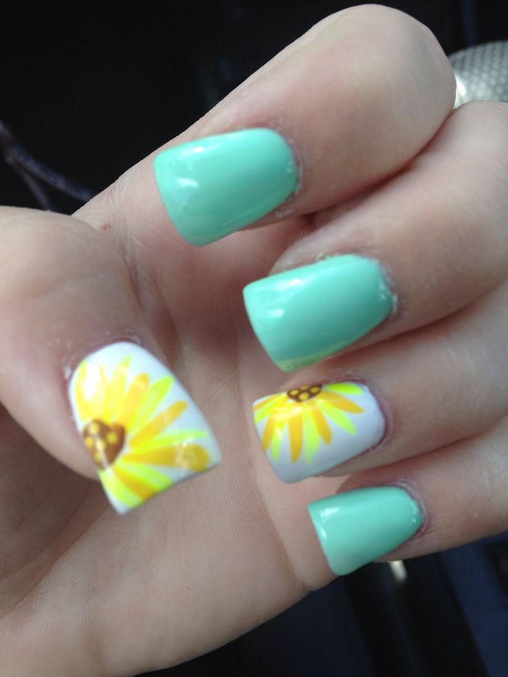 amazing sunflower nail art design