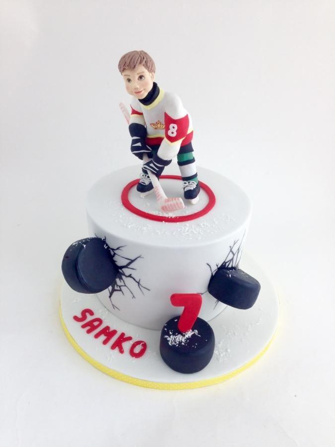 Ice Hockey Cake By Tomima Hockey Cakes Hockey Birthday Cake Hockey Birthday