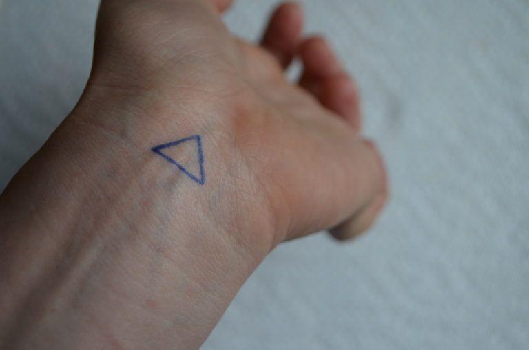 Photo of How to stick and poke? • Stick and Poke Tattoos – Homemade Tattoo 2020
