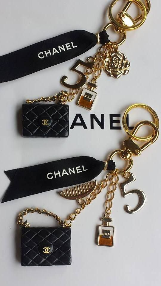 4844ed94ab54 Chanel bag Charms HandMade | Keychains in 2019 | Chanel jewelry ...