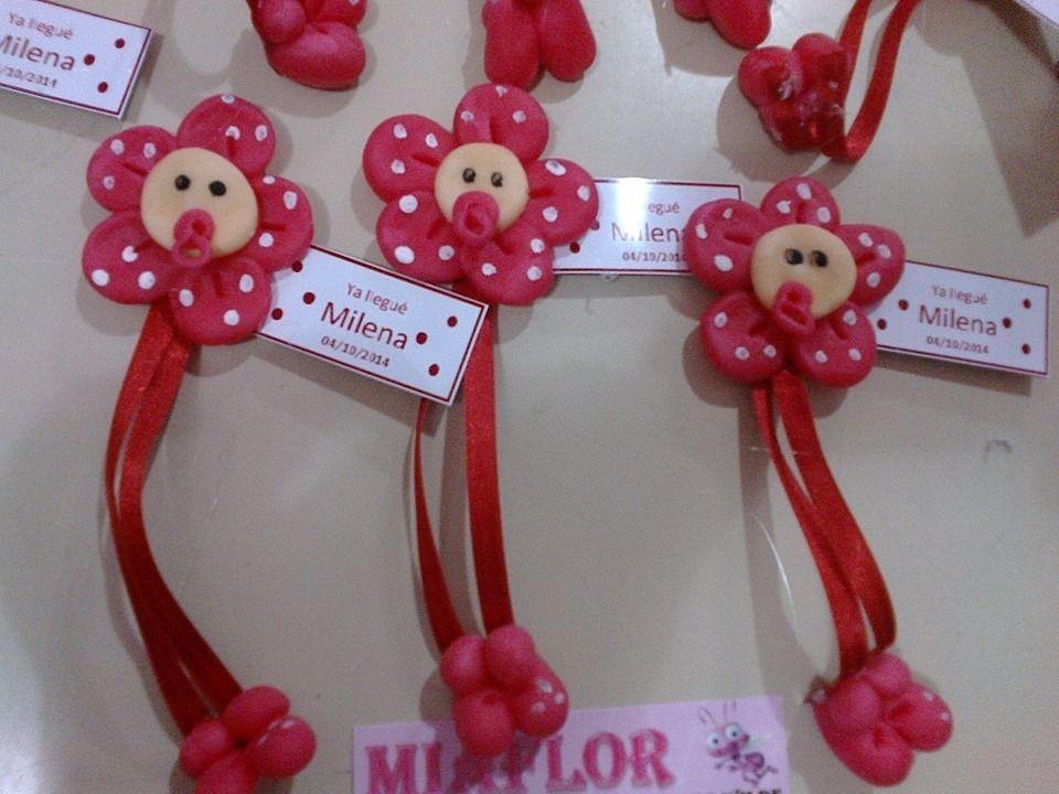 ec5add458d4 30 souvenirs iman flores con chupete nacimiento baby shower