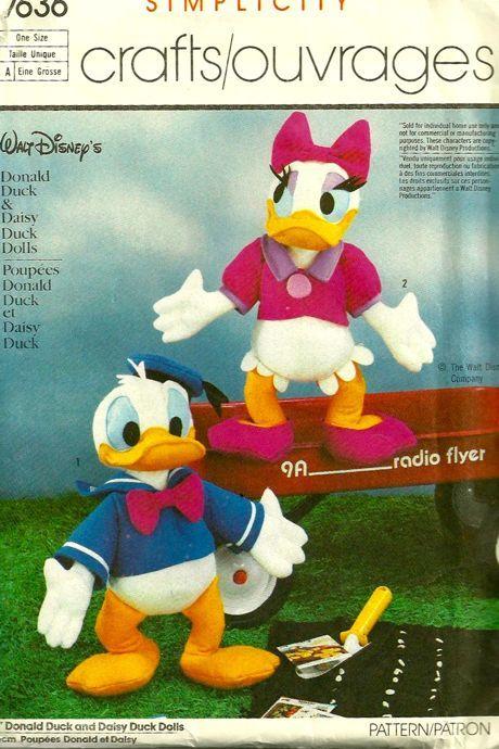 Simplicity 7636 Walt Disneys Donald and Daisy Duck Doll Pattern ...
