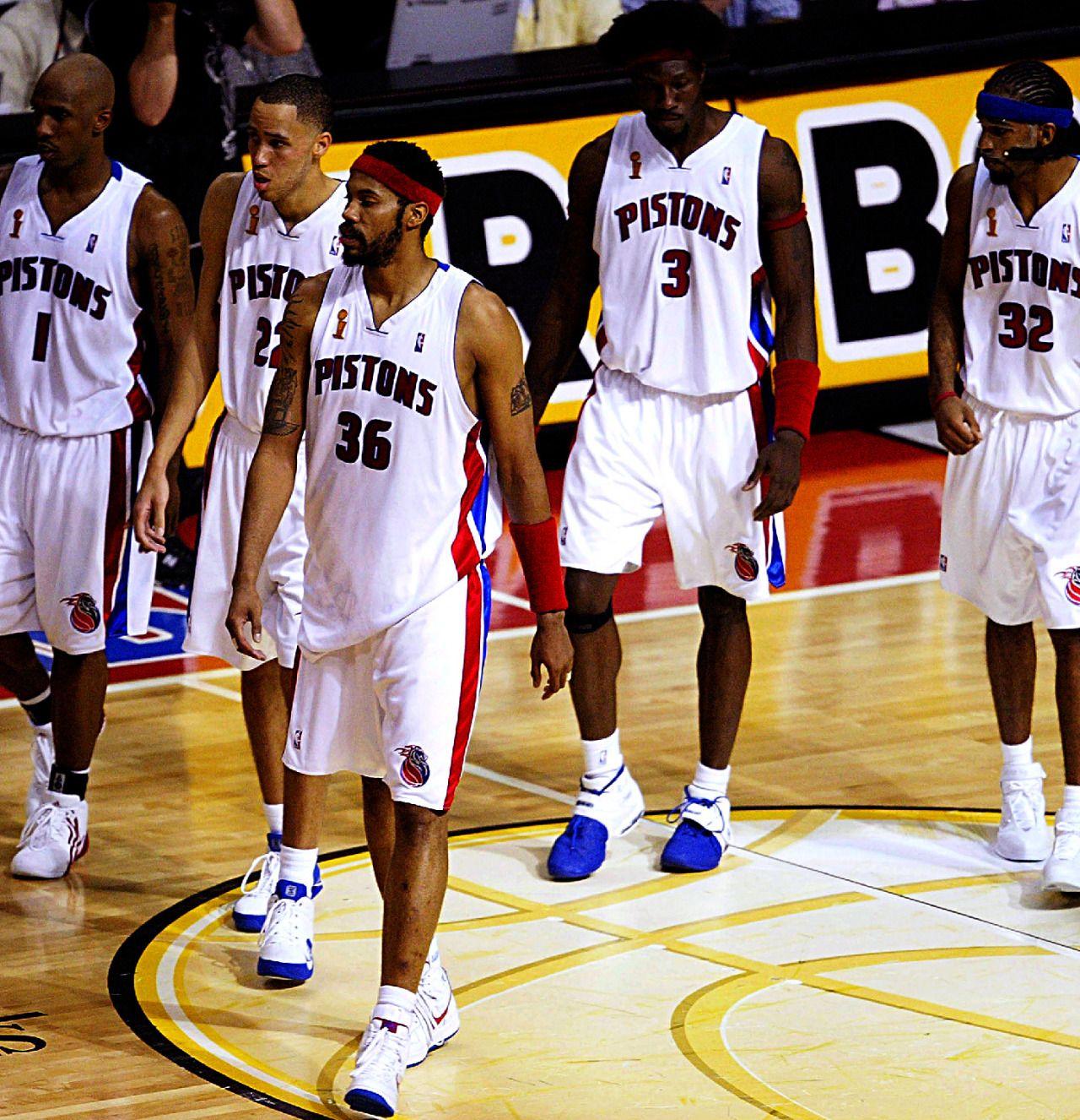 Detroit Pistons Photo Detroit Pistons Bad Boys Detroit Pistons Detroit Basketball