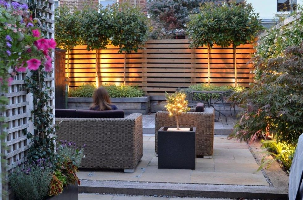 Garden Lighting 980 648 Garden Pinterest Gardens And Garden