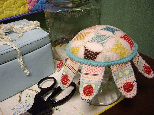 Sundae's Best Pincushion - tutorial