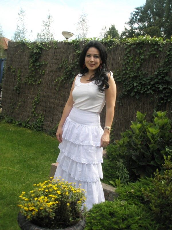 Comfortable tiered cotton skirt