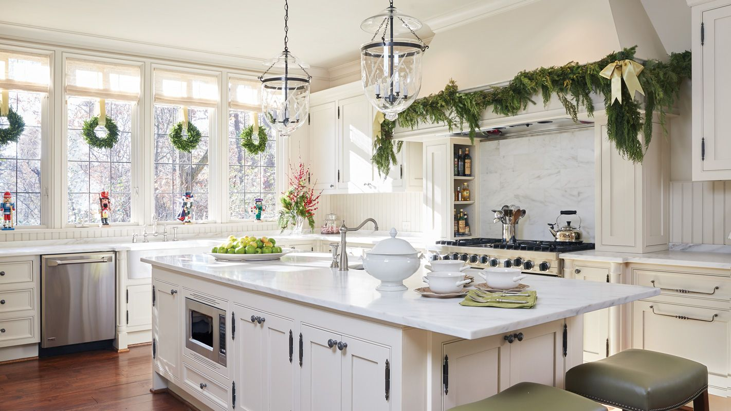 Home meets Holiday with Floral Designer Sybil Sylvester | Kitchen ...