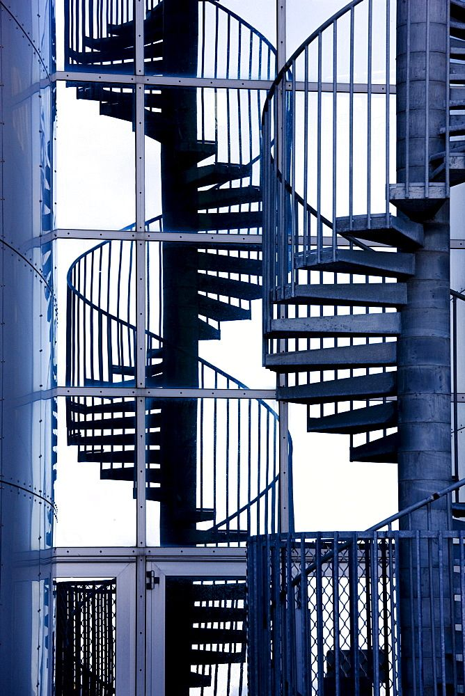 Best High Quality Stock Photos Of Spiral Staircase In 2020 400 x 300