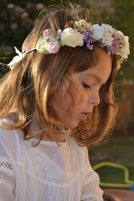 flower hair wreath--My mom made one of these for me to wear at my First Communion. :)