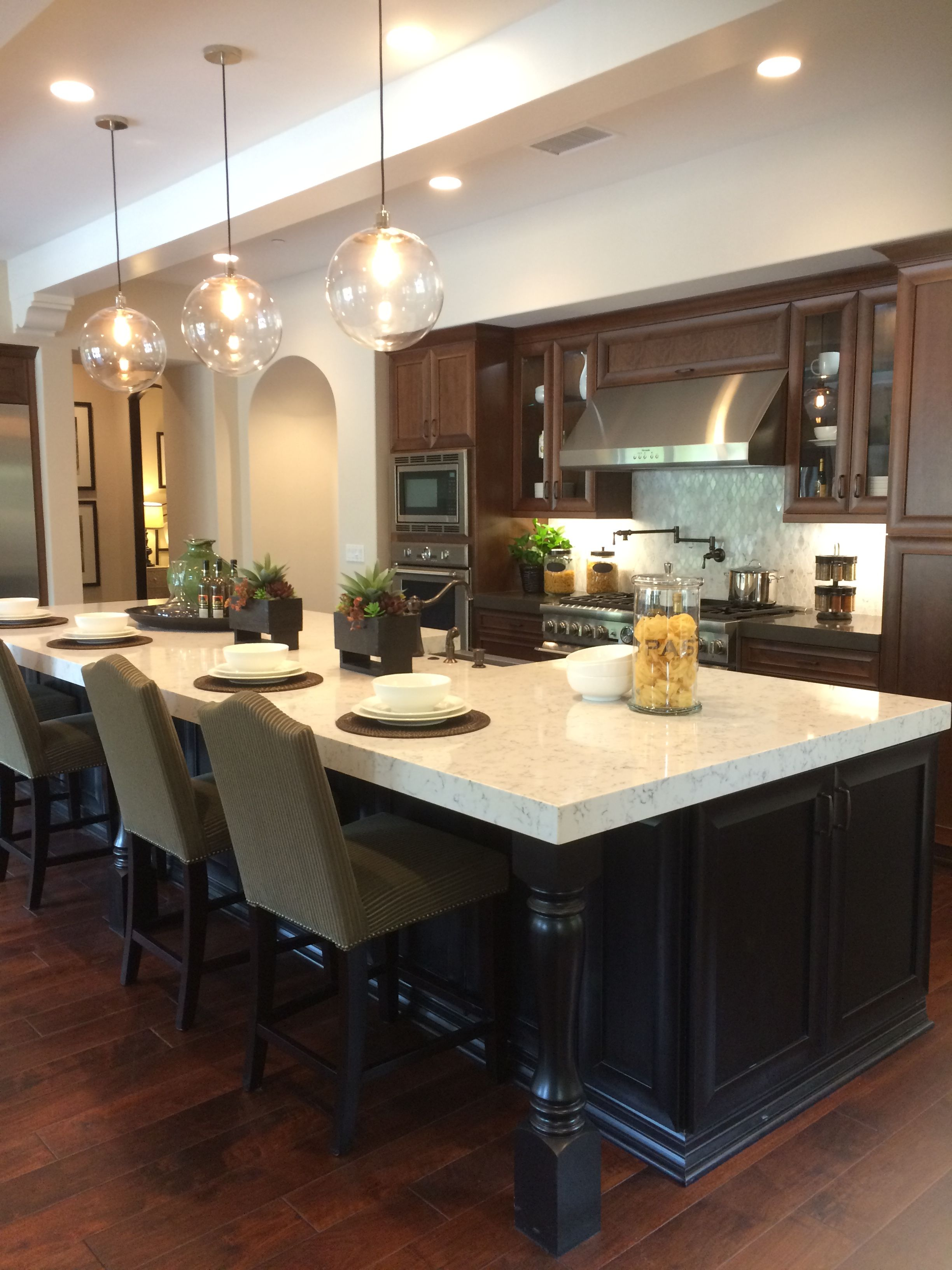 Absolutely Love The Island In This Kitchen