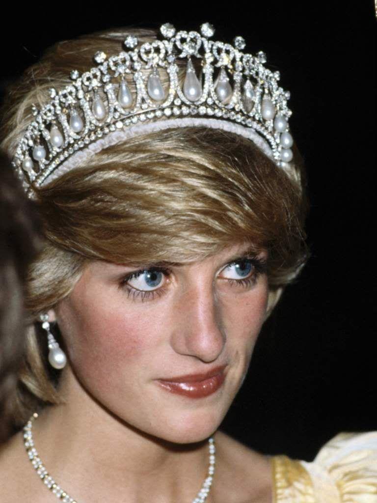 I wish Catherine would start wearing this tiara..