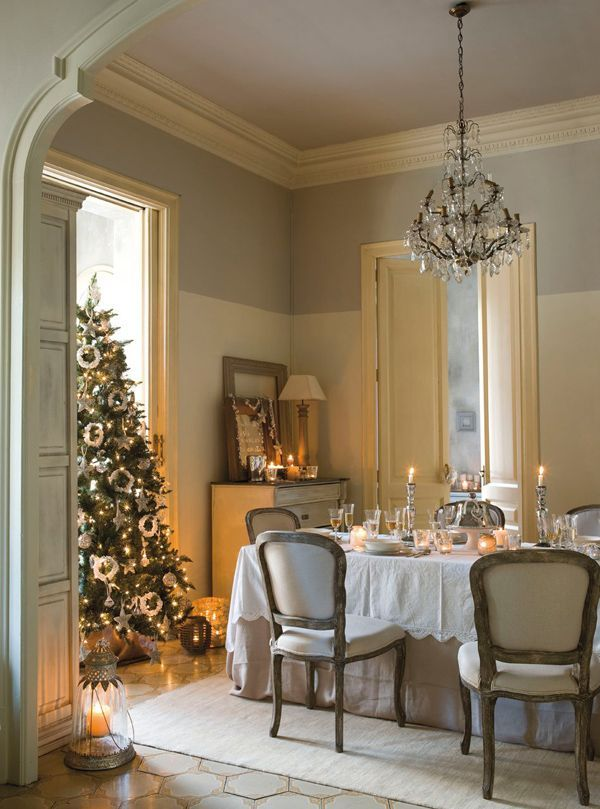 tree in front of the window Christmas Decor Pinterest Window - christmas decor pinterest