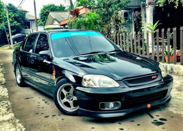 Modifikasi Honda Civic Ferio USDM Style